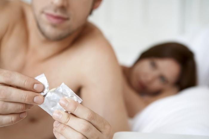 condoom-aanbrengen