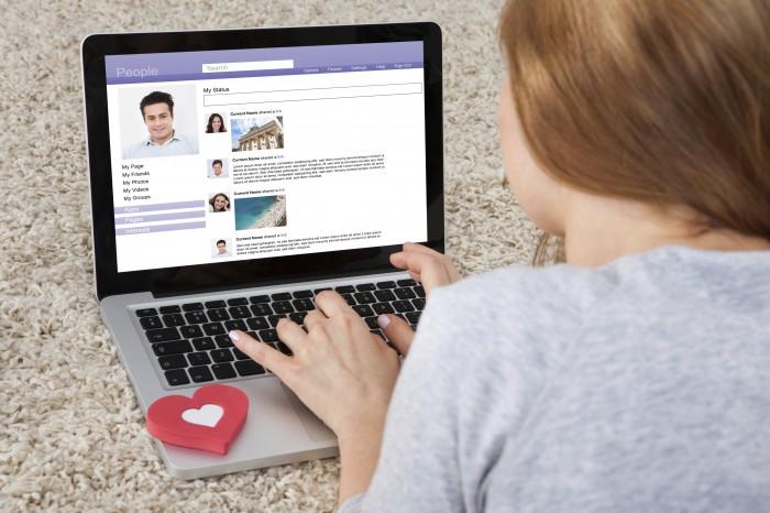 Is online daten alleen voor sukkels of seksdates?
