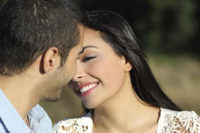 meisje wilt jongen kussen